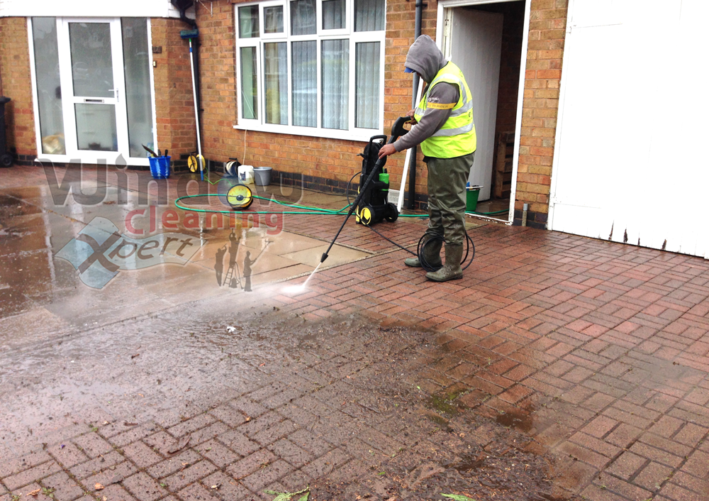 Driveway Cleaning - Patio Cleaning - Block Paving and Decking ...
